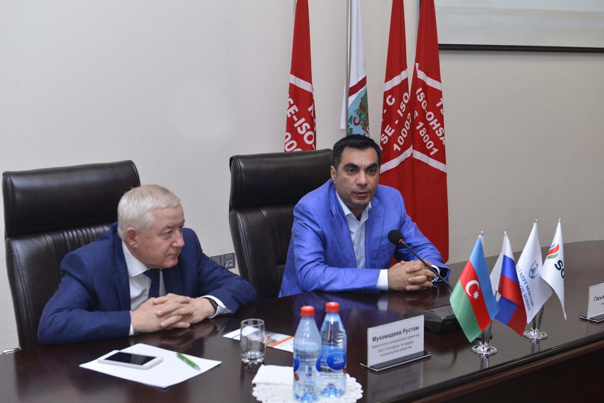 Tatneft managers visit Baku Higher Oil School (PHOTO)