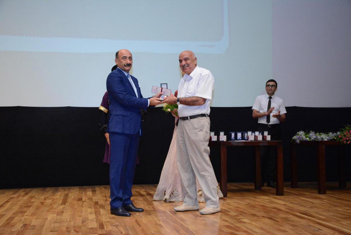 Азербайджанские кинематографисты торжественно отметили профессиональный праздник (ФОТО)