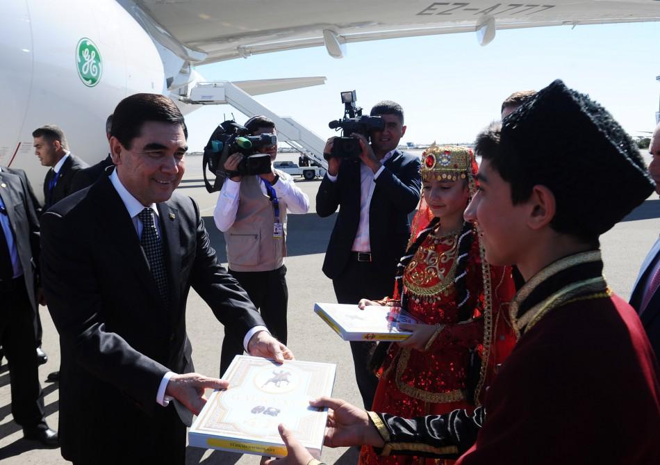 Türkmenistan Cumhurbaşkanı Azerbaycan'da