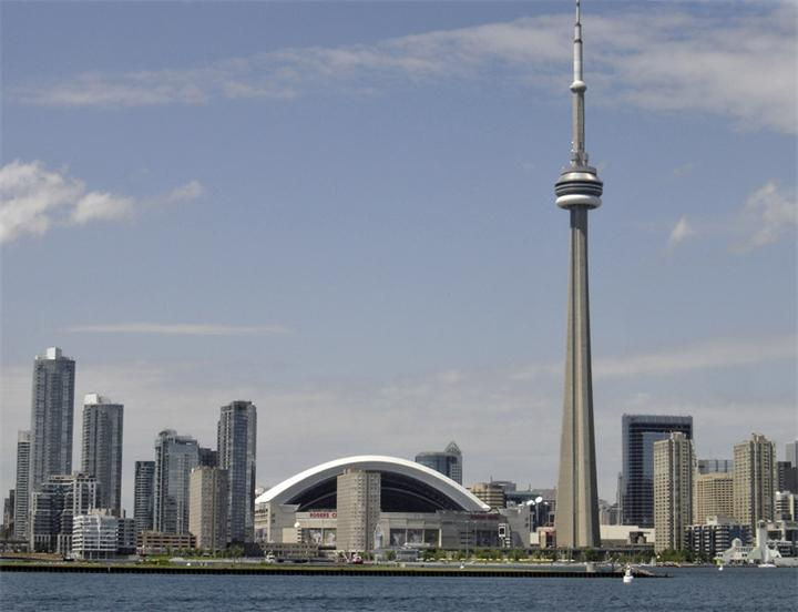 Səudiyyə Ərəbistanı Kanadanın səfirini ölkədən çıxarır