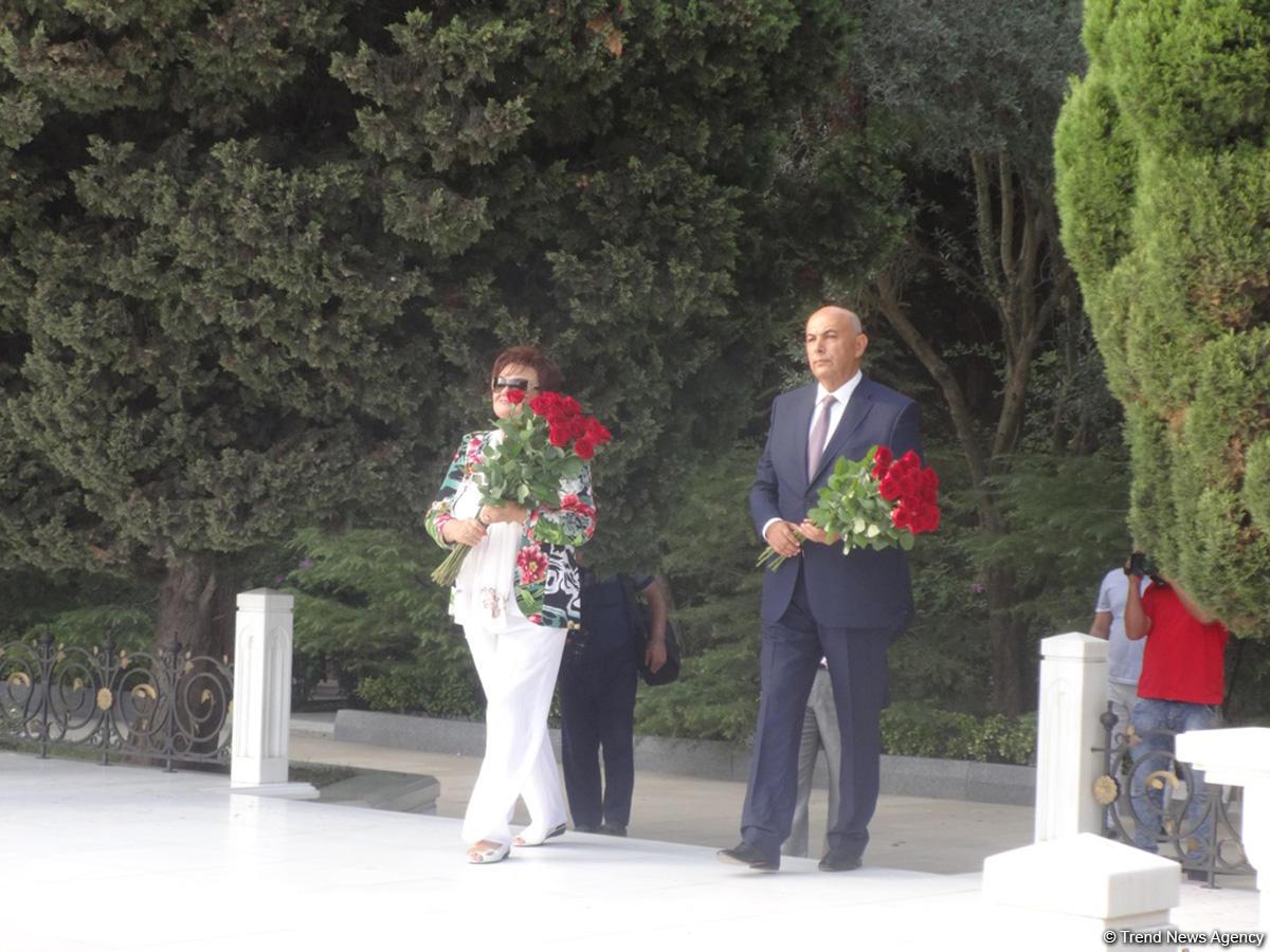 В Баку почтили память Муслима Магомаева (ФОТО)