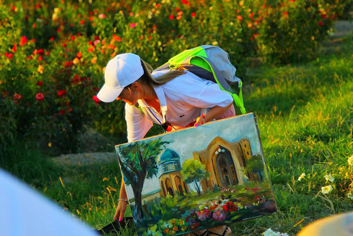 Türk Dünyası Ressamları Türkistan'da Buluştu (Fotoğraf)