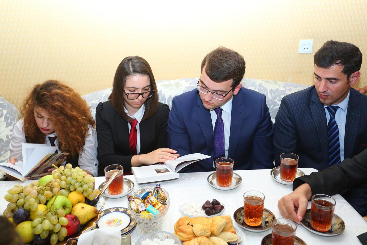 Binəqədidə Qurban bayramı münasibətilə şəhid ailələri ziyarət edilib (FOTO)