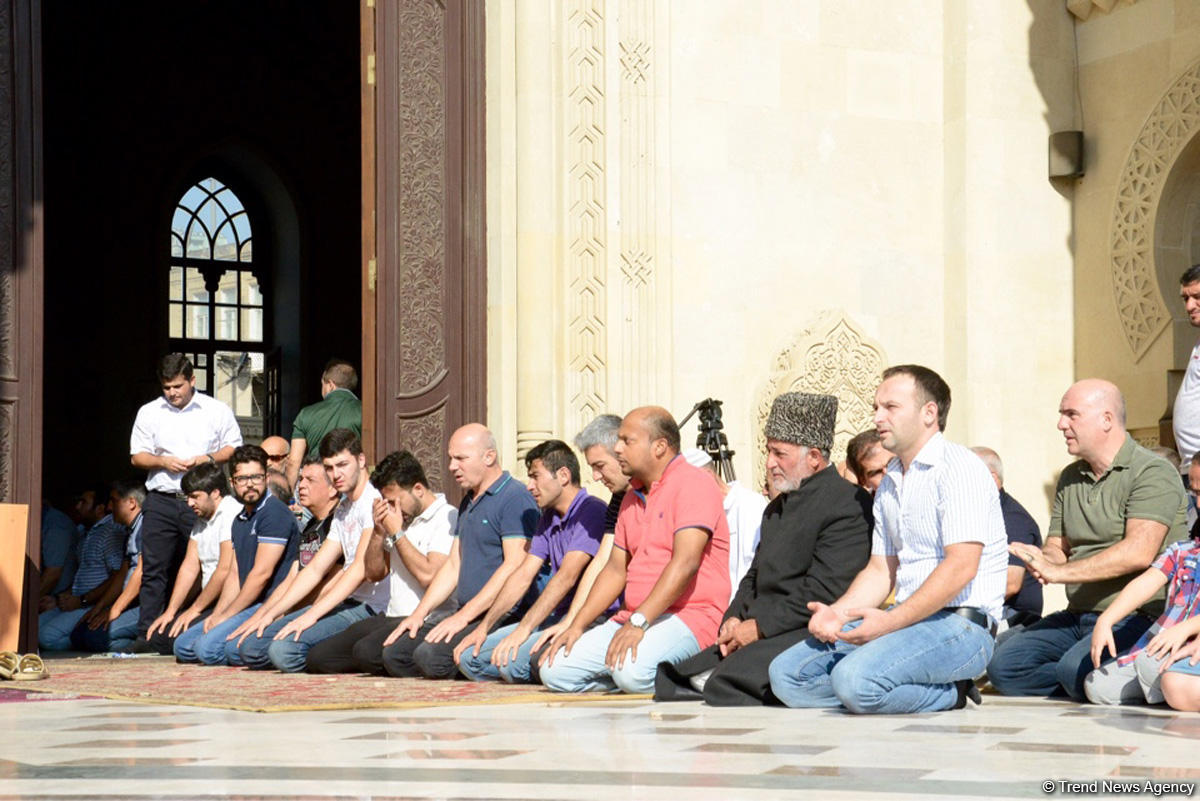 Bakü'de Kurban Bayramı coşkusu (Fotoğraf)