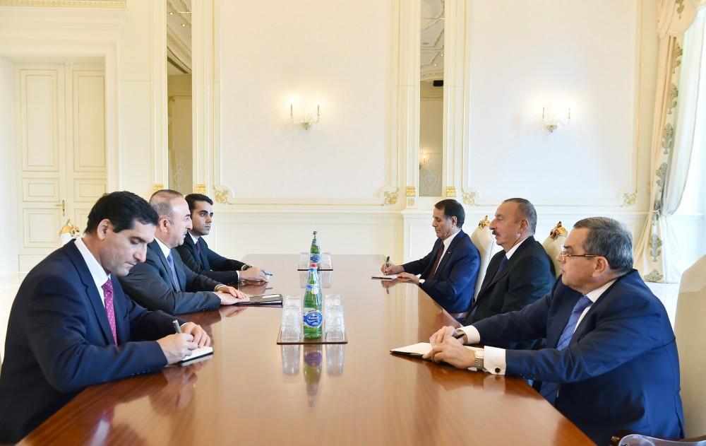 Cumhurbaşkanı Aliyev, Bakan Çavuşoğlu'nu kabul etti (Fotoğraf)