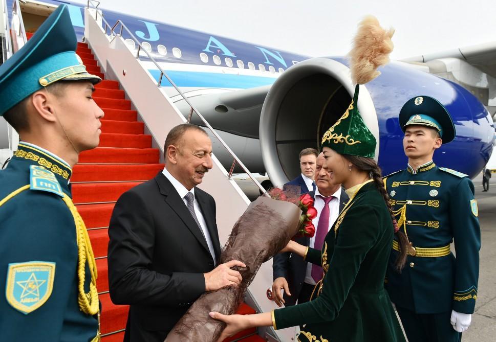 Cumhurbaşkanı İlham Aliyev Kazakistan'da