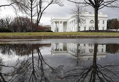 В Белом доме назвали опасными слухи по поводу здоровья Трампа