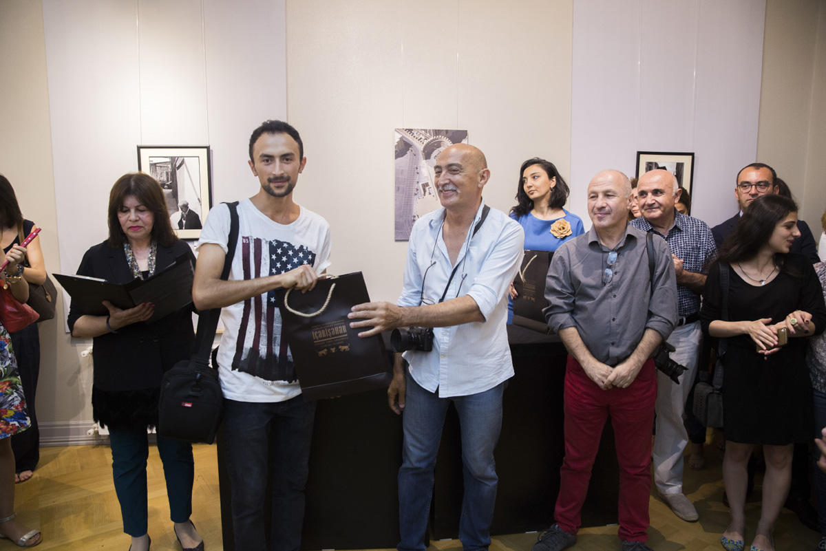 В Ичери шехер прошла церемония награждения лучших фотографов BakuPhoto 2017 (ФОТО)