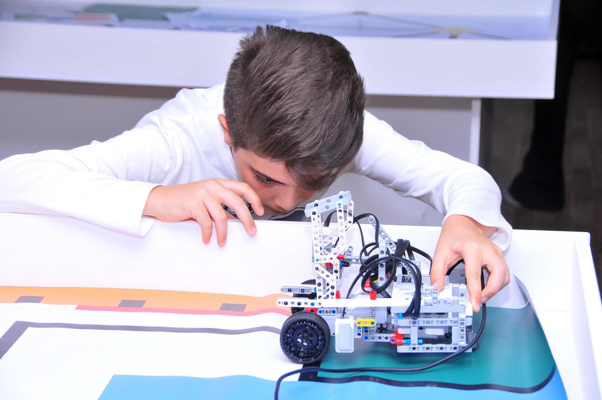 Azərbaycanda Dünya Robot Olimpiadasının ilk seçim yarışı keçiriləcək (FOTO)