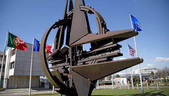 NATO: Rusiya tanklarının kütləvi hücumuna hazırıq