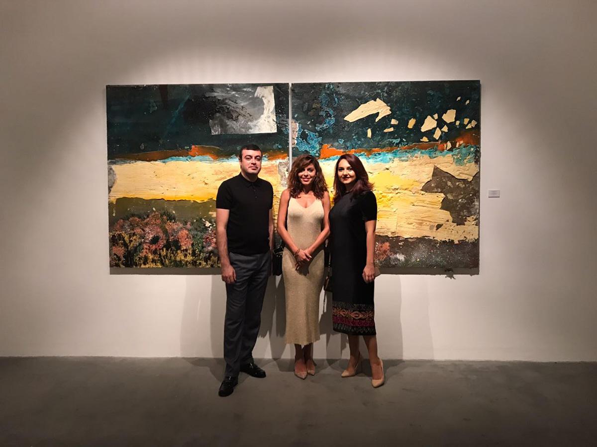 В Дубаи представлена персональная выставка Аиды Махмудовой (ФОТО)