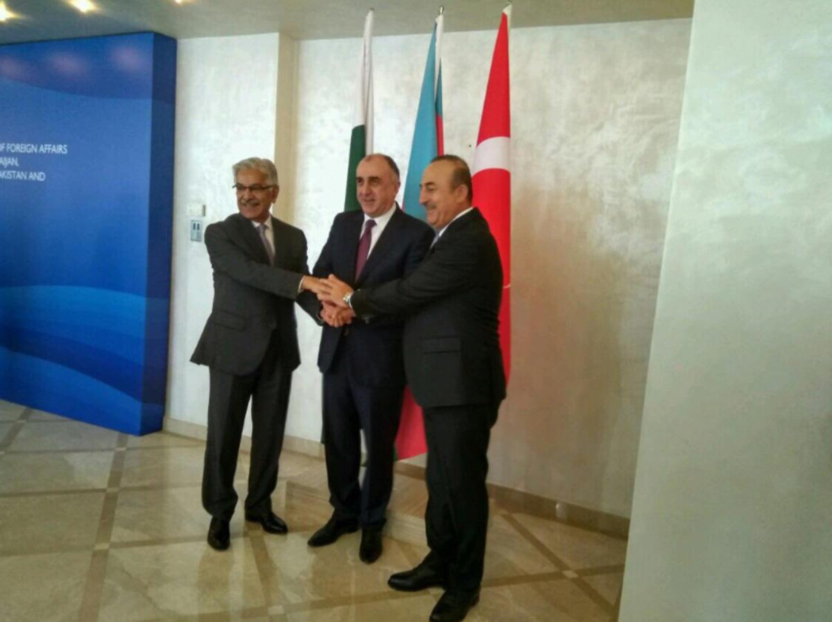 Bakan Çavuşoğlu : Türkiye-Azerbaycan-Pakistan Üçlü Dışişleri Bakanları 2.Toplantısı Pakistan'da yapılacak