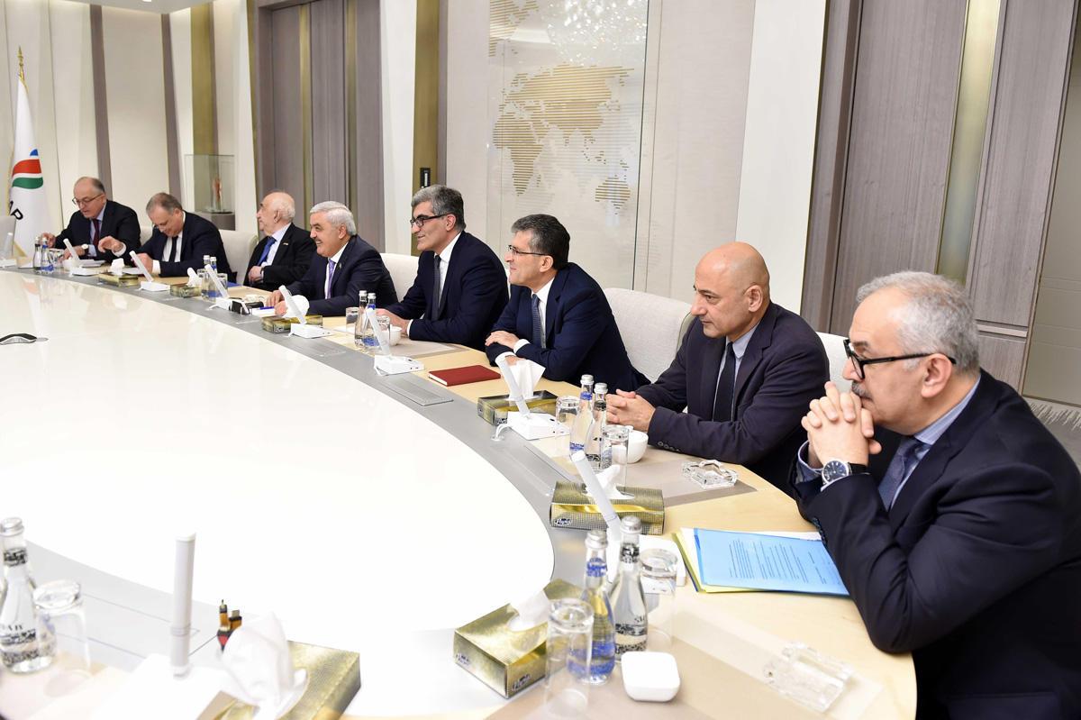 """SOCAR и Statoil согласовали принципы разработки месторождения """"Карабах"""" (ФОТО)"""