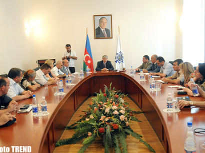 Ruling party deputy chairman: Most part of Azerbaijani press formed on correct values (PHOTOS)