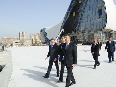 Prezident İlham Əliyev Heydər Əliyev Mərkəzində aparılan inşaat işlərinin gedişi ilə tanış olub (FOTO)