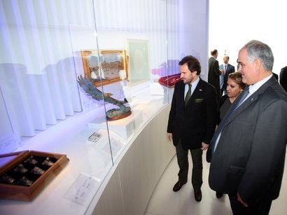 В Центре Гейдара Алиева можно увидеть исторический и современный Азербайджан - председатель парламента Уругвая (ФОТО)