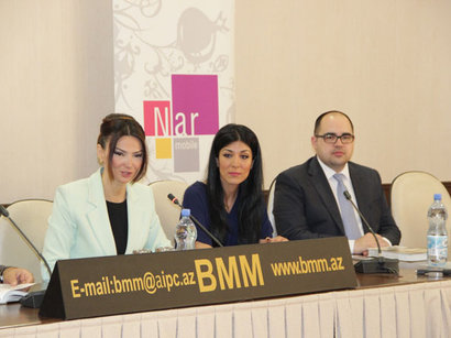 В Азербайджане при поддержке Nar Mobile презентована книга «Ученые, изменившие мир» (ФОТО)