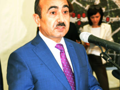 Али Гасанов: На протяжении эпох азербайджанцы и русские сумели сберечь бесценный опыт взаимного уважения (версия 2) (ФОТО)