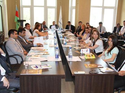 В Азербайджане второй раз отметили Международный день вкладов (ФОТО)