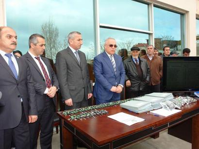 Qarabağ müharibəsi və 20 Yanvar əlillərinə minik avtomobilləri verilib (FOTO)