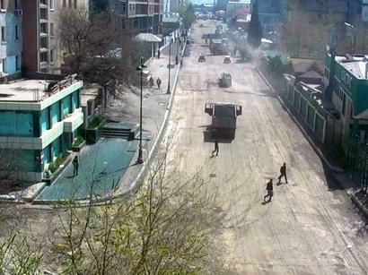 Bakıda asfaltlanan əsas yollardan birinin bir hissəsi açıldı, bir hissəsi bağlandı (FOTO)