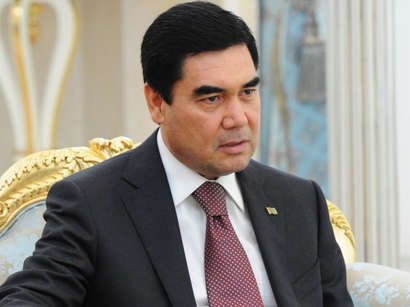 Глава Туркменистана поручил увеличить выпуск газохимической продукции
