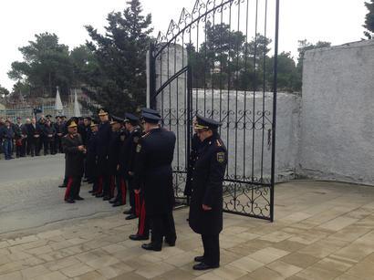 Terörcüler ile çatışmada yaşamını kaybeden Azerbaycan polisleri son yolculuğuna uğurlandı