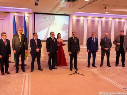 Kiyevdə təntənəli həmrəylik bayramı keçirilib (FOTO)